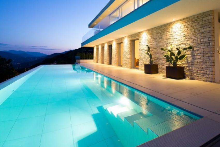 Swimming Pool Fixtures : Outdoor swimming pool lights electricsandlighting